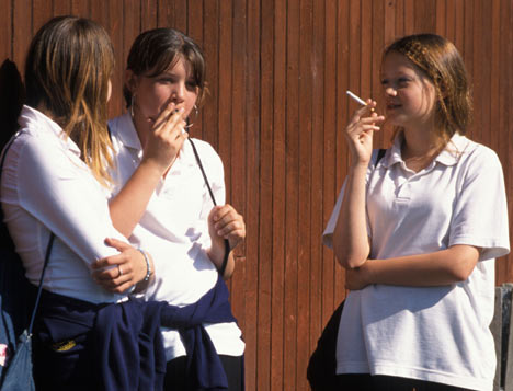 drug usage in todays youth Recent trends in youth drug use have shown a significant downturn in usage levels but they still remain at high levels they know that drug use and drug addiction are some of the most important issues facing their generation today.